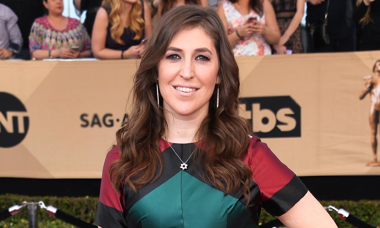 El cambio de 'look' radical de Mayim Bialik, Amy en 'The Big Bang Theory'