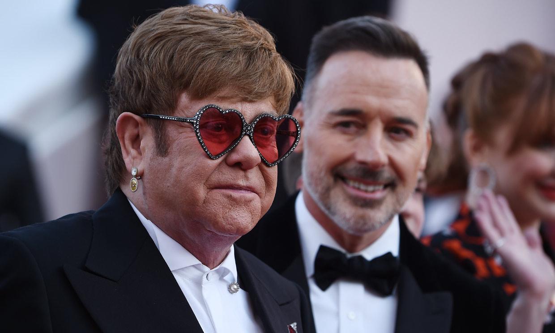 Los detalles más desconocidos de Elton John: la relación con su madre, su enfermedad y una anécdota real