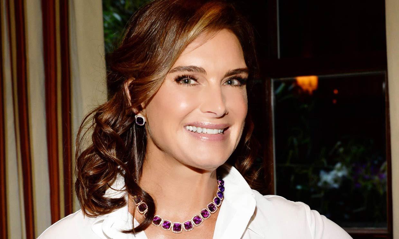¡Sorpresa! Brooke Shields es prima lejana del rey Felipe y diseña una colección de joyas inspirada en su parentesco real