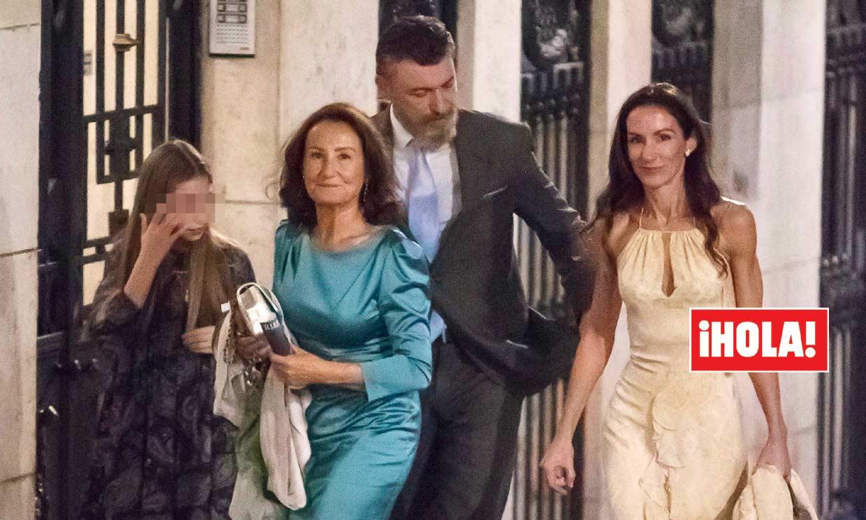 Exclusiva en ¡HOLA!: Telma Ortiz hace oficial su relación con Robert Gavin Bonnar y se lo presenta a su madre y su hija