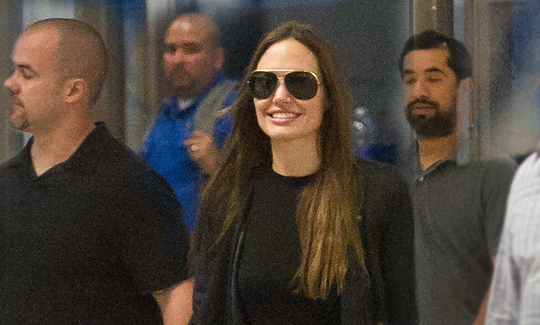 Vacaciones y trabajo, Angelina Jolie revoluciona con su visita a España