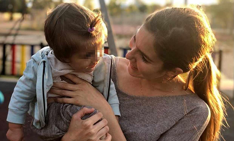 ¿Cambio de hora? No para Lía, la hija de Natalia Sánchez y Marc Clotet