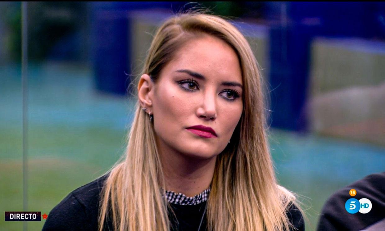 Alba Carrillo duda de su relación con Santi Burgoa: 'Me vienen pálpitos de que ya no estás'