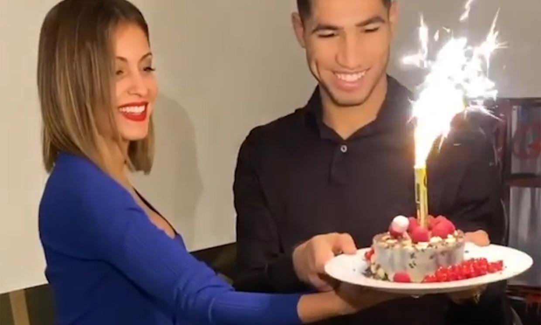 Presumiendo de embarazo: Hiba Abouk celebra el cumpleaños de Achraf Hakimi entre besos y tarta