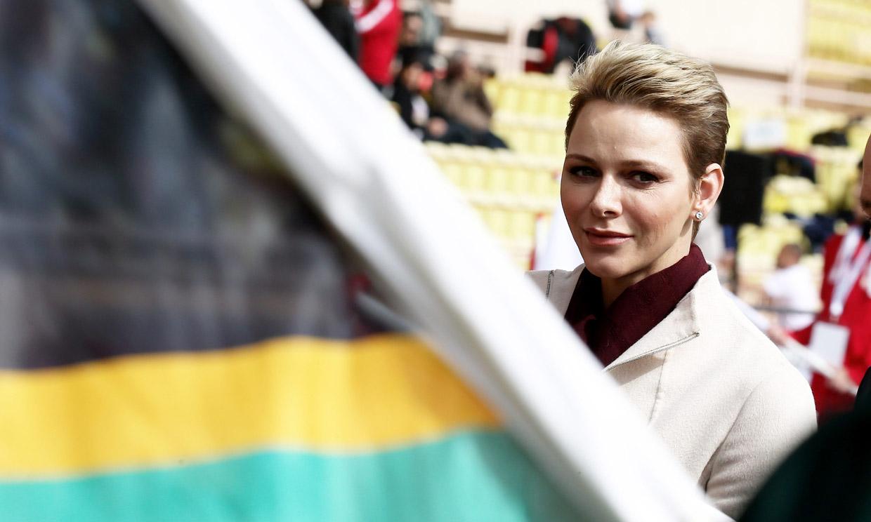¡Como una 'rugbier' más! Charlene de Mónaco celebra la final del Mundial de rugby en un bar