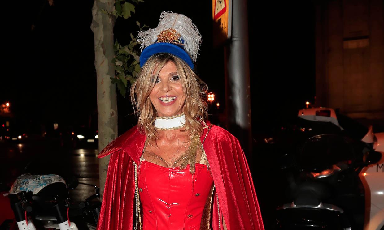 Arancha de Benito celebra su 50 cumpleaños con una divertida fiesta de disfraces