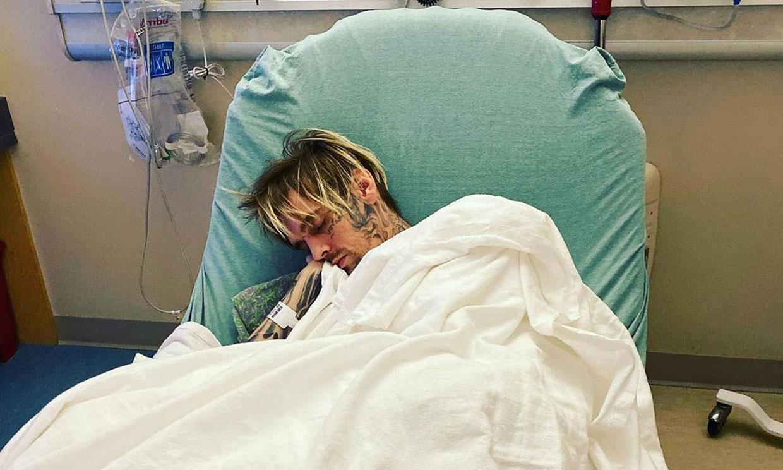 Aaron Carter es hospitalizado de urgencia en medio de una dramática disputa familiar