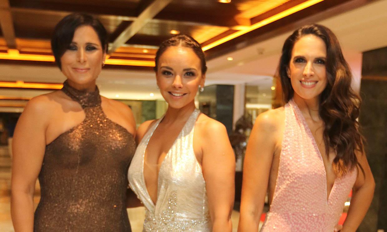 Rosa, Nuria Fergó y Gisela muy ilusionadas con la boda de Chenoa