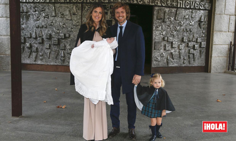 Exclusiva: Álvaro de la Lama y Emilia Alfaro bautizan a su hijo Santi