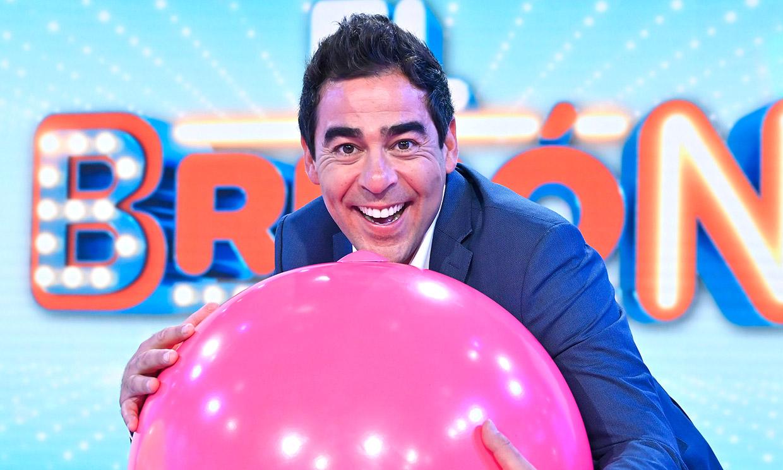 Pablo Chiapella, de actor de éxito a presentador del nuevo concurso de televisión 'El Bribón'