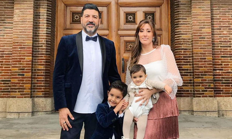 La felicidad de Tony Aguilar en el bautizo de su segundo hijo, Nil