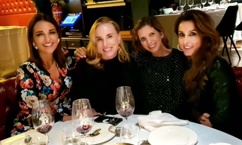 ¿Qué hacen juntas Paula Echevarría, Paloma Cuevas, Margarita Vargas y Linda Scaperotto?