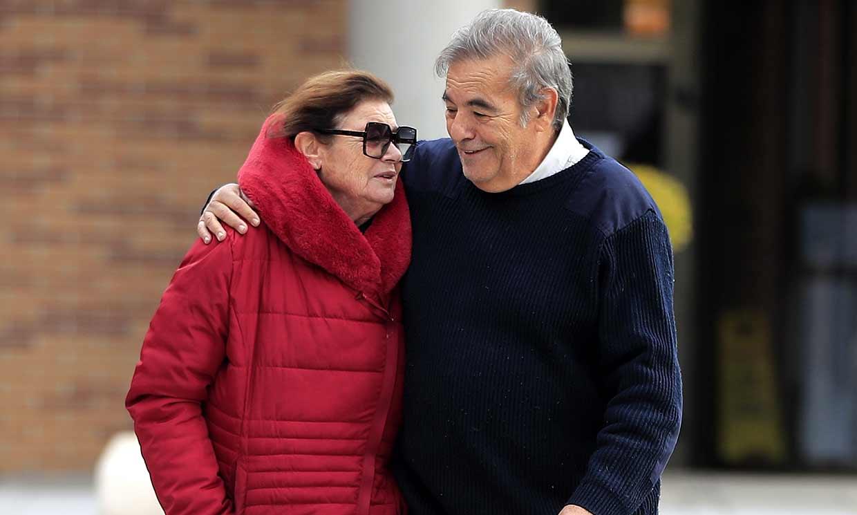 Teresa y Benito Rabal, desolados en el último adiós a su madre Asunción Balaguer