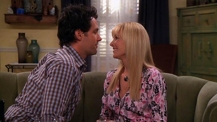 Friends: Existe un final alternativo para Phoebe de Friends que ...