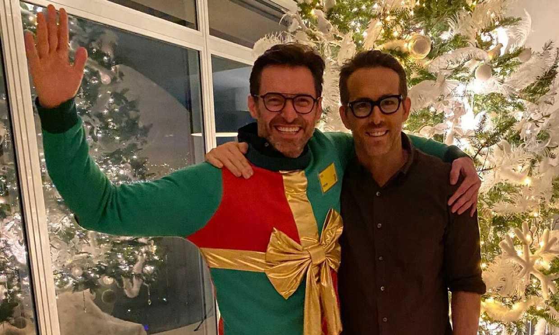 Ryan Reynolds, Hugh Jackman y la preciosa historia de un jersey que ha dado la vuelta al mundo