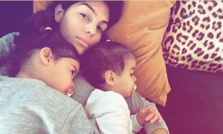 Georgina Rodríguez 'muere de amor' con los mimos de sus niñas, Eva y Alana Martina