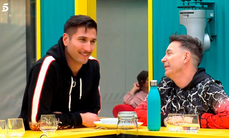 Gianmarco confiesa que sigue enamorado de Adara a pesar de su distanciamiento