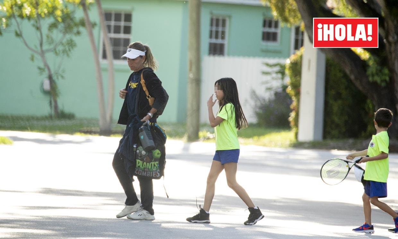 EXCLUSIVA: Arantxa Sánchez Vicario, con gesto serio en Miami a la espera de resolver la custodia de sus hijos