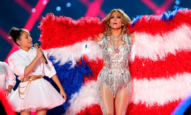 Emme, la nueva estrella que consiguió eclipsar a su madre, Jennifer Lopez, en la Super Bowl