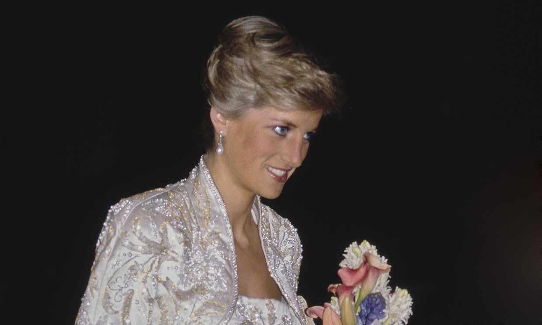 Las imágenes de Emma Corrin en 'The Crown' como la auténtica Diana de Gales