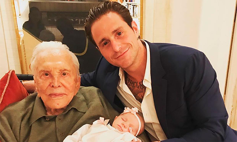 Cameron Douglas: 'Mi abuelo Kirk Douglas creyó en mí incluso cuando yo había tirado la toalla'