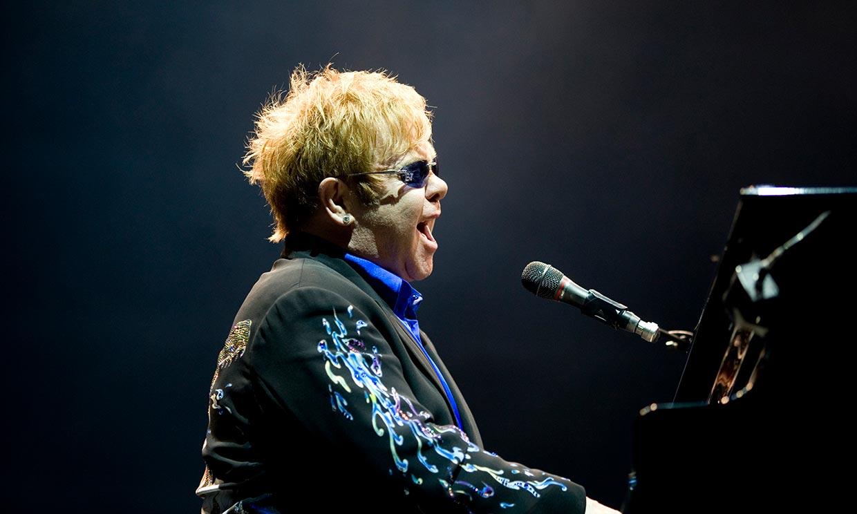Elton John y su gira final, 'en jaque' por culpa de una neumonía