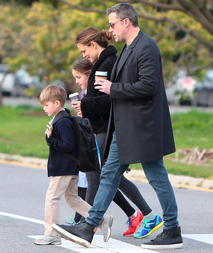 Ben Affleck con su exmujer y sus hijos