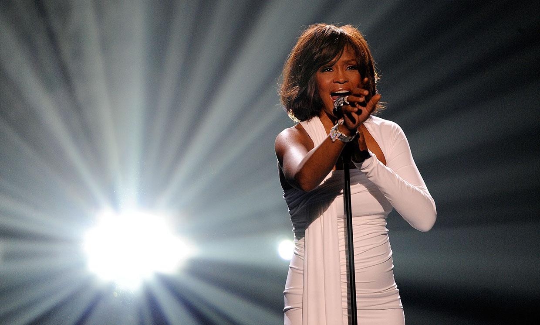 Ocho años después de su muerte, Whitney Houston comienza su gira convertida en holograma