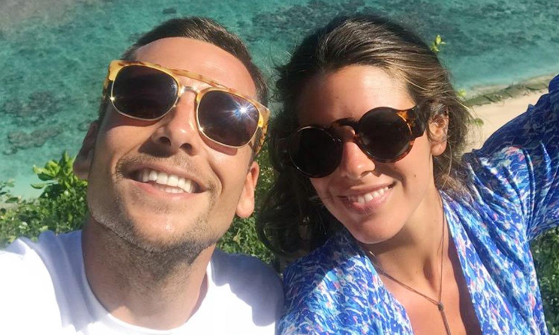 Laura M. Flores felicita a Benji Aparicio... ¿confirmando que vuelven a estar juntos?
