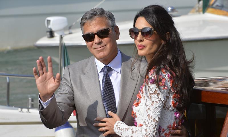 George Clooney y su familia se despiden de La Palma navegando con delfines