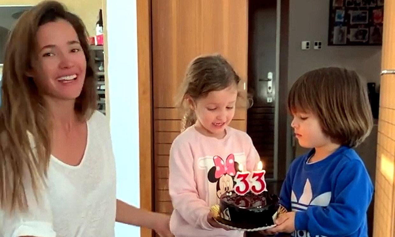 Los hijos de Mario Suárez y Malena Costa 'roban' el protagonismo al futbolista en su cumpleaños