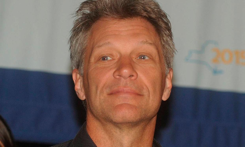 Bon Jovi se refiere a Harry como 'el artista antes conocido como Prince'
