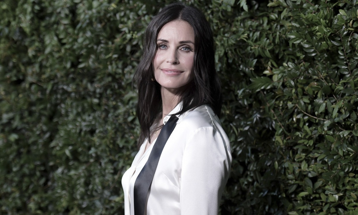 Courteney Cox revela a qué actor ficharía para interpretar a un joven Joey en 'Friends'