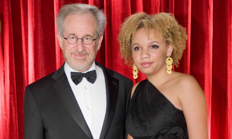 Detenida Mikaela, la hija más polémica de Steven Spielberg