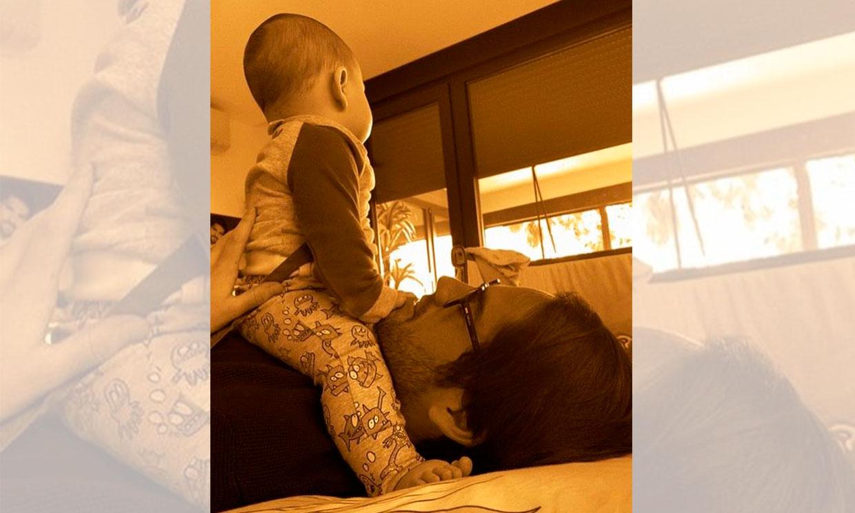 Los juegos de Isco Alarcón con su bebé