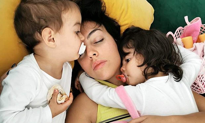¡Puro amor! Georgina Rodríguez se derrite con la imagen más tierna de sus niños