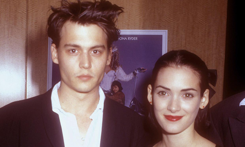 Winona Ryder sale en defensa de su ex Johnny Depp