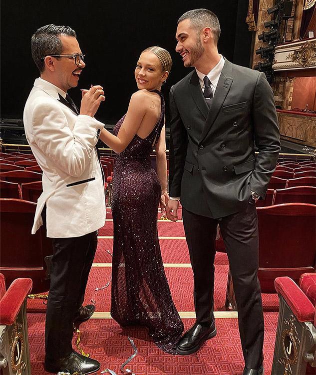 Ester Expósito con el actor Alejandro Speitzer