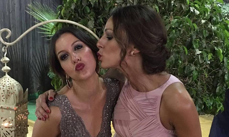 La bonita felicitación de Eva González a su hermana para 'salvar' el aislamiento en su cumpleaños