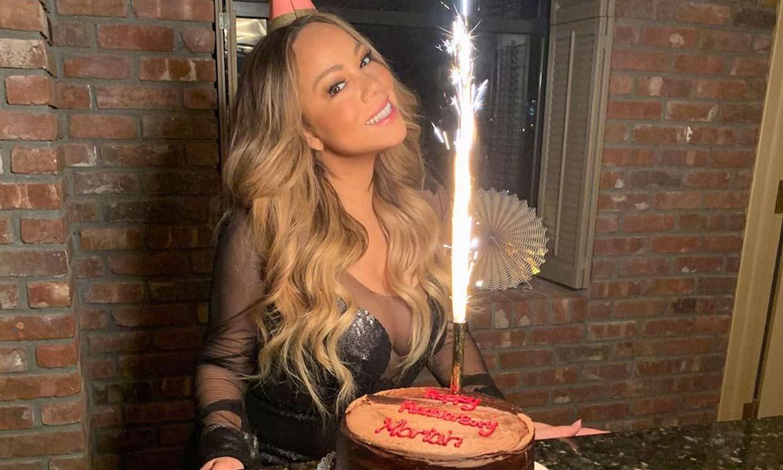 Mariah Carey cumple 50 años (¿o 12?) y lo celebra con sus hijos
