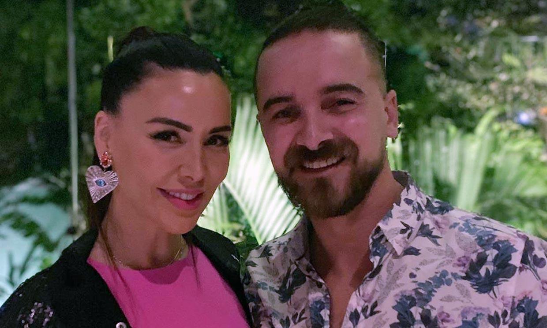El novio de Vania Millán abandona la cuarentena para ser médico voluntario