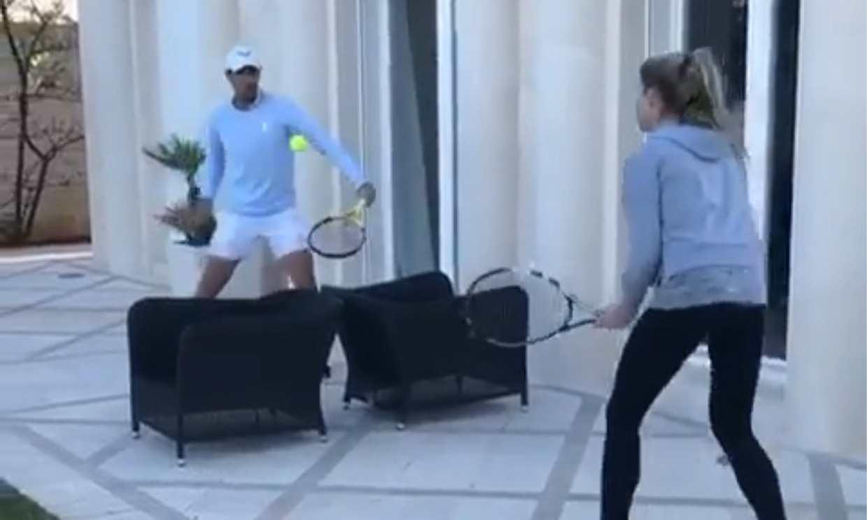 ¡La victoria queda en casa! El original partido de tenis entre Rafael Nadal y su hermana Maribel