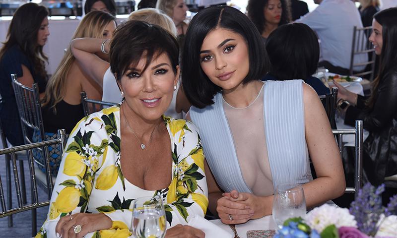 ¿Por qué tiene Kylie Jenner una muñeca realista de su madre en casa?