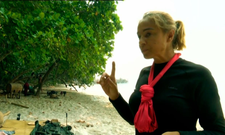 Ana María Aldón cuenta el secreto de su 'tote bag' y deja sin palabras a Rocío Flores