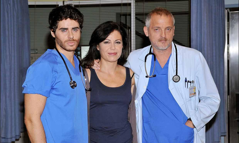 'Jugábamos a ser doctores y ahora os la jugáis por nosotros', el homenaje de 'Hospital Central'
