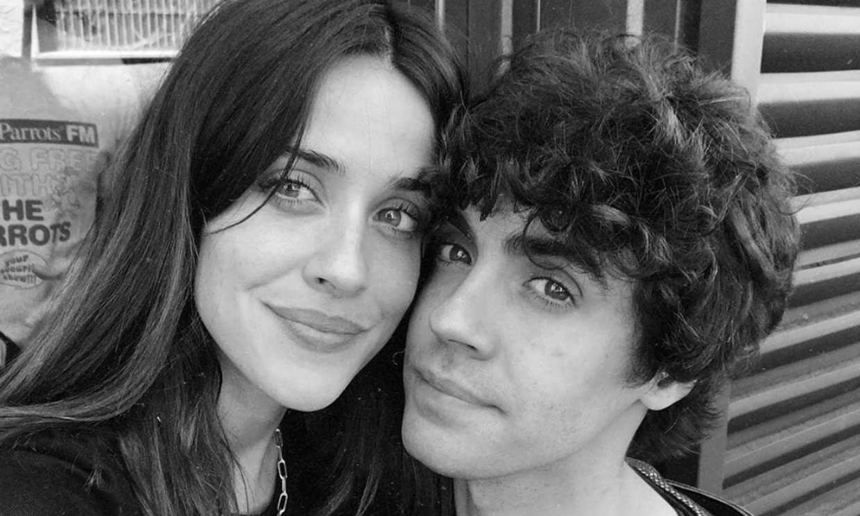 La felicitación más cariñosa de Javier Ambrossi a su hermana Macarena García