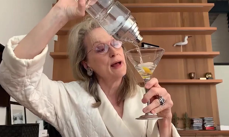 Alégrate el día con Meryl Streep y su simpático homenaje (cantado) a un compañero
