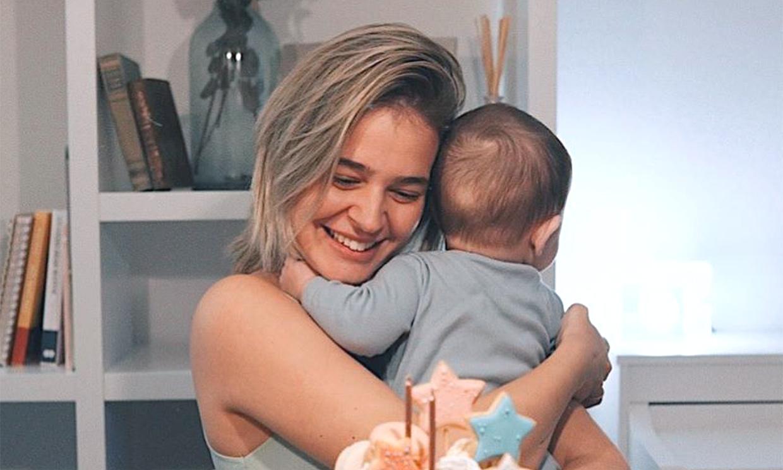 Laura Escanes cuenta lo mejor y lo peor de ser madre joven