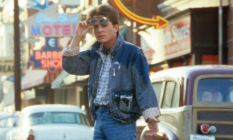 Michael J. Fox y el equipo de 'Regreso al futuro' se reúnen y reviven las mejores escenas de la saga