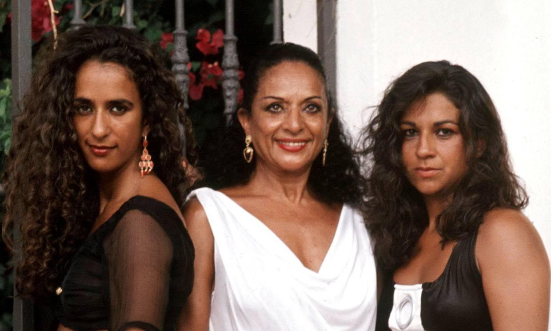 Lolita, Rosario, Elena Furiase..., los Flores recuerdan a la gran Lola en el 25 aniversario de su muerte
